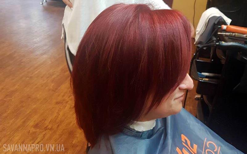 Работа ученицы: окрашивание волос