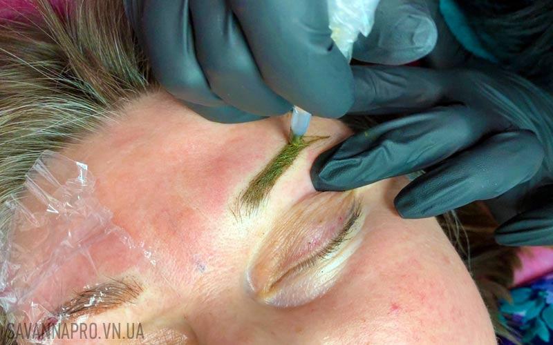 татуаж бровей на курсе перманентного макияжа